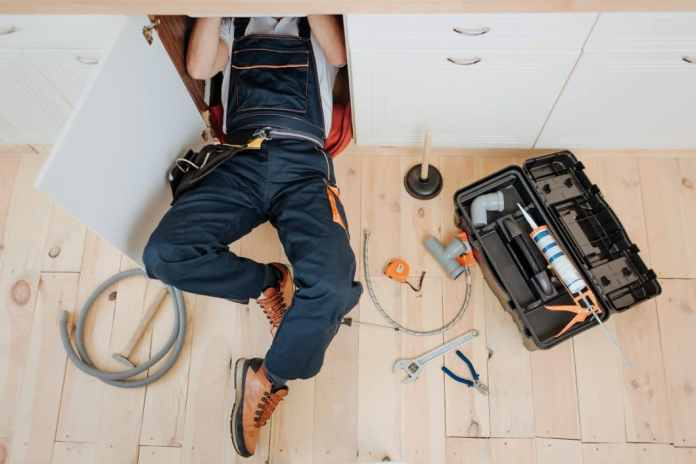 Devices are often exchanged to increase energy efficiency. Renovators also think more sustainable when it comes to materials. However, the smart home still falls by the wayside. (Photo: adobe stock / estradaanton)