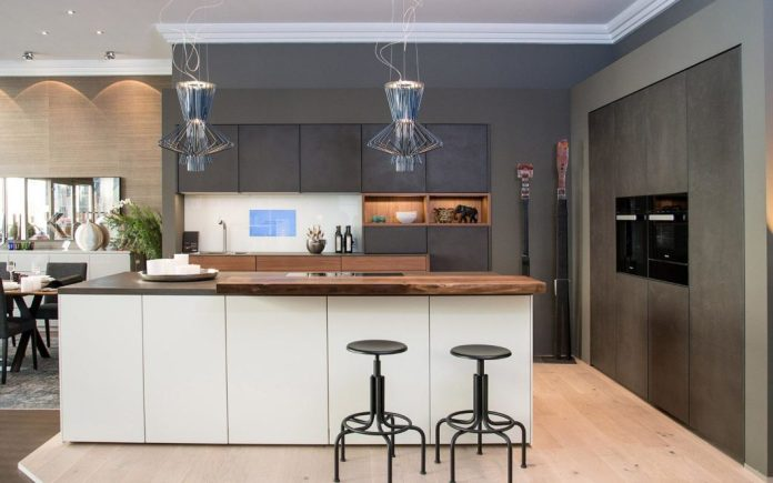 The company specializes in the high-quality premium kitchen providers eggersmann and LEICHT as well as freely predictable kitchens. The heart of the house can also be individually designed to match the living dream. (Photo: Kelzenberg)