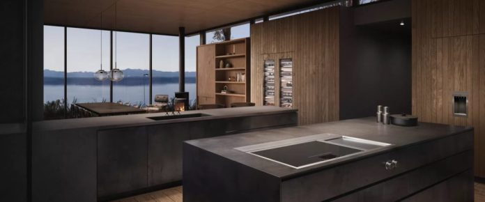 Because the advantages and disadvantages of the Teppan Yakis are of a general nature, the question of a purchase decision is often dependent on one's own cooking behavior - and on the stylish kitchen design. (Photo: Gaggenau)