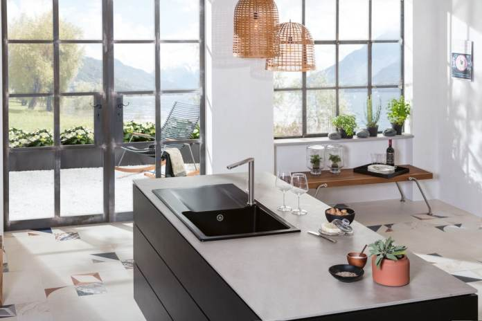 Up to now - and for many centuries - Villeroy & Boch was primarily known for high-quality sinks, fittings and bathroom ceramics.  Now the company also has kitchens produced.  (Photo: Villeroy & Boch)