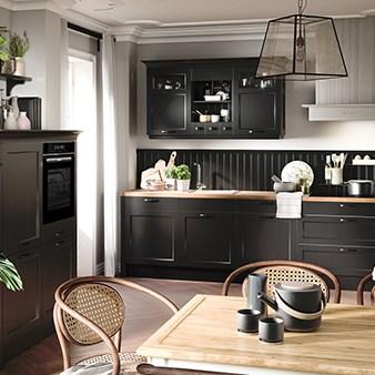 schwarze landhausküche