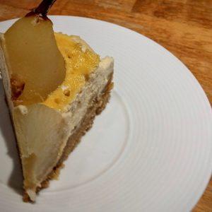 Cheesecake aux poires pochées