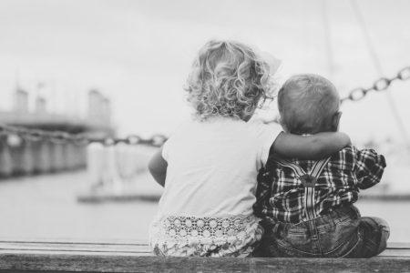 ayat alkitab tentang persahabatan
