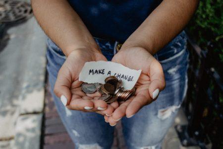 Ayat Alkitab Tentang Beramal (Charity)