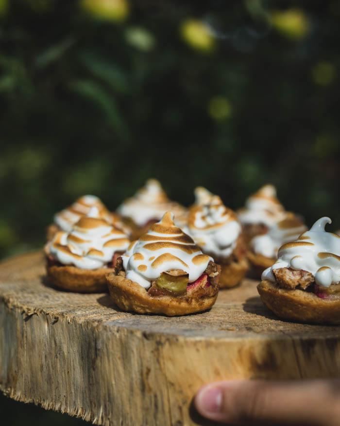 Omenatortut marenkikuorrutteella | leivonta | omenapiirakka
