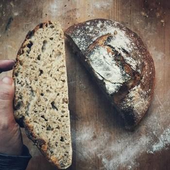 Hapanjuurileipä palkitsee leipojan