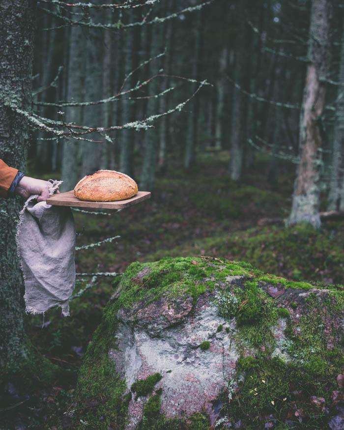 Spelttileipä hapanjuuresta | hapanjuuri | juurileivonta | hapanleipä