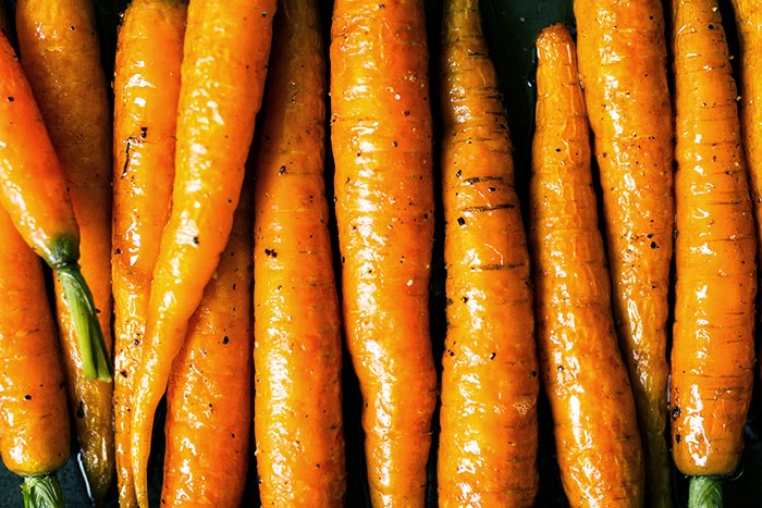 Uuden sadon porkkanat, helposti uunissa!