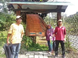 Papan tanda check point malaysia thailand