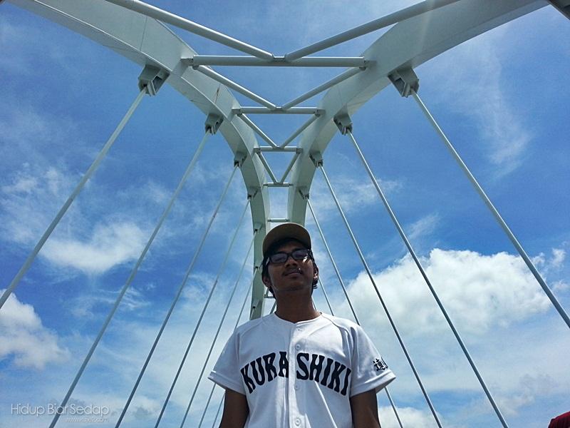 gerbang jambatan pulau bunting