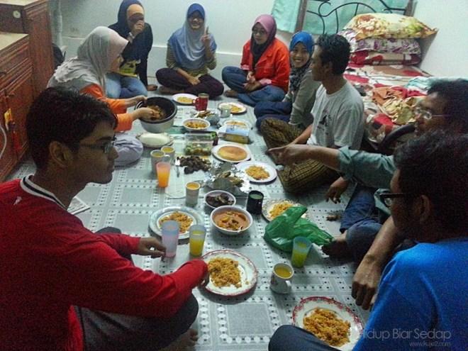 berbuka puasa nasi arab