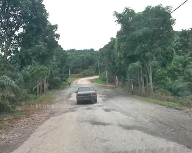 jalan felda aring gua musang
