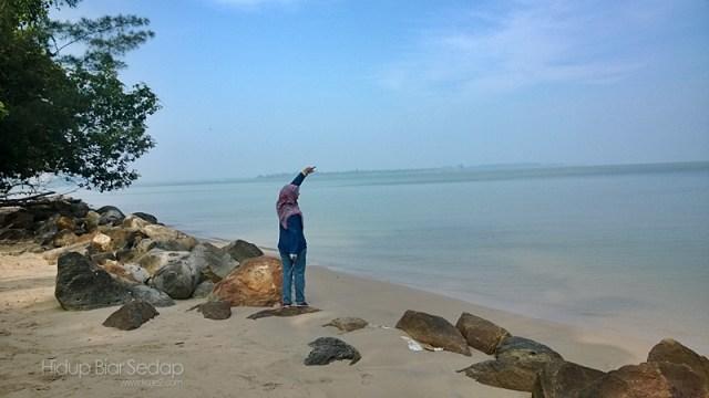 pantai puteri kampung santubong