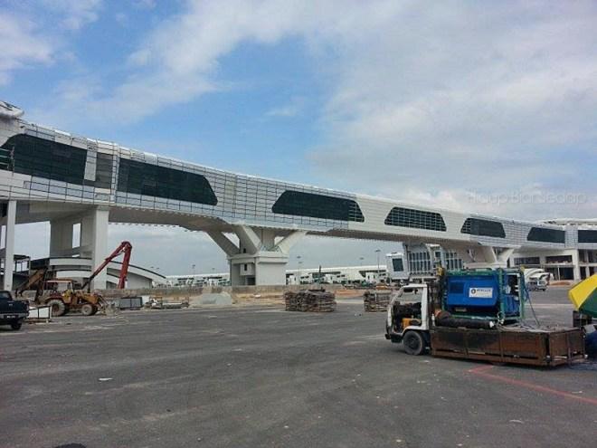 klia2 pedestrian skybridge