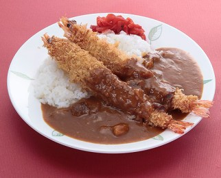 Curry and rice with fried giant shrimps 1,200 yen