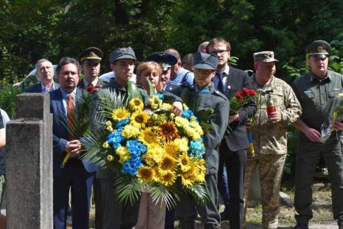 У Львові вшанували память Олени Степанівни