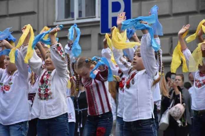 Львівщина урочисто відзначає День Державного Прапора України