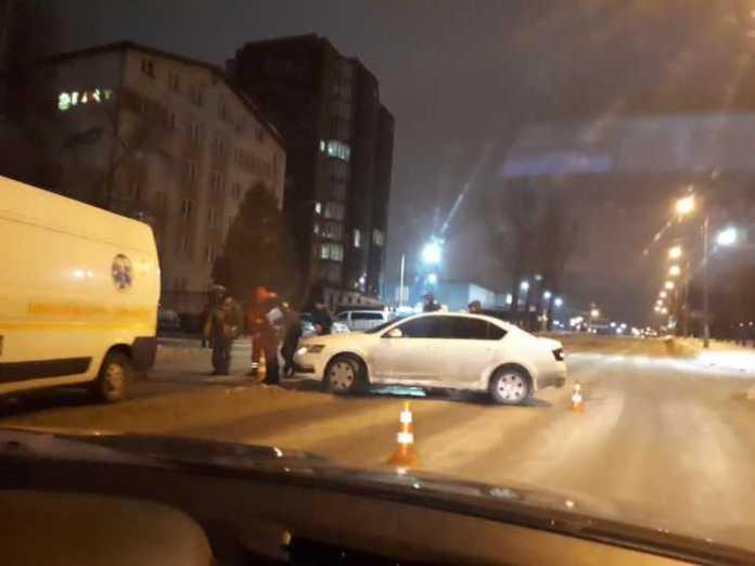 На Кульпарківській збили чоловіка. Фото Варта-1