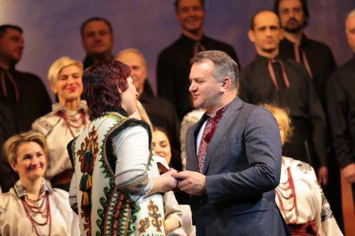 Синютка відзначив державними нагородами культурних та громадських діячів