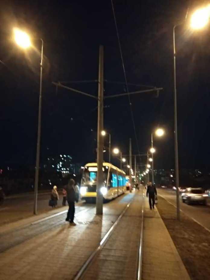 На Сихів не курсують трамваї. Фото Варта-1