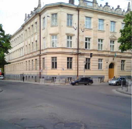Учням російського ліцею №17 у Львові не хочуть розповідати про Небесну Сотню