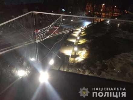 У Львові притягнули до відповідальності правопорушника, який пошкодив Меморіал Героїв Небесної Сотні