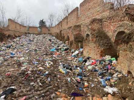 Львівське сміття продовжує мандрувати Україною
