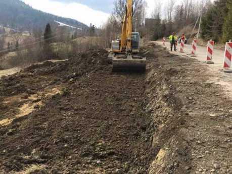 У Сколівському районі розпочався ремонт дороги Завадка-Козьова, фото Юрій Бучко
