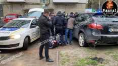 У Львові затримали водія Porsche Cayenne , фото Варта-1