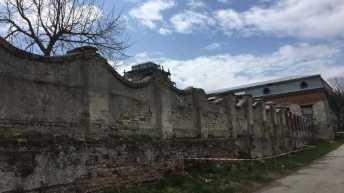 На Львівщині обвалилася частина муру палацу Потоцьких
