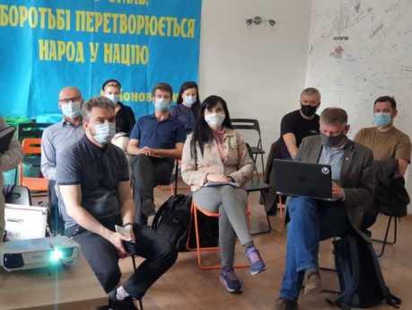 Депутати Львівської облради зустрілися з представниками українських культурних товариств Польщі, Словаччини, Хорватії, Естонії