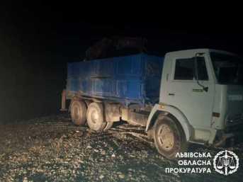 На Стрийщині виявлено ще один факт незаконного видобутку піщано-гравійної суміші