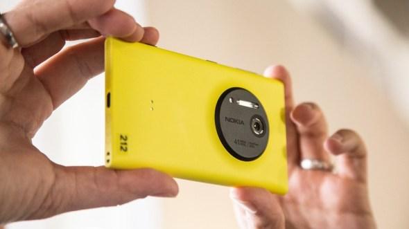Nokia Lumia 1020 Resimleri