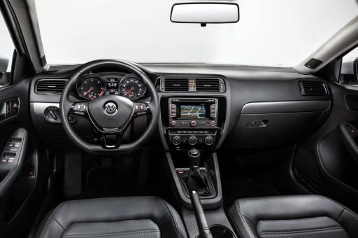 2015-volkswagen-jetta-interior