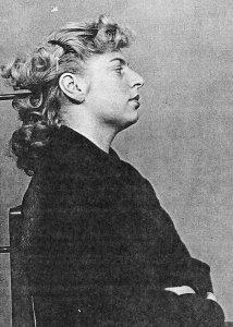 Suojelupoliisi kuvasi Petronellan kuulustelujen yhteydessä Helsingissä.