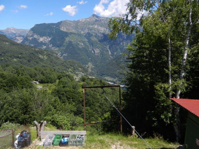 Aussicht von den Monti di Lego ins Valle Verzasca