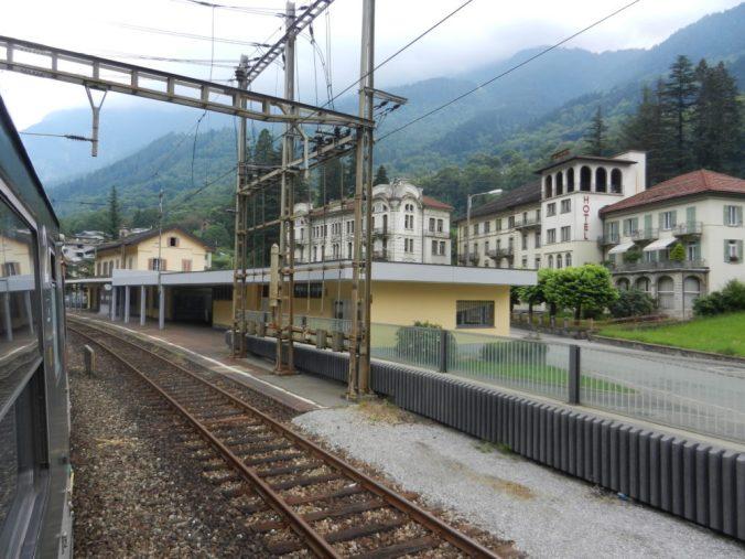 In Faido (TI) werden künftig nur noch der Regio-Express zwischen Erstfeld und Bellinzona und allenfalls der Gotthard-Panorama-Express halten, aber schon bis anhin hielten hier nicht mehr Züge.