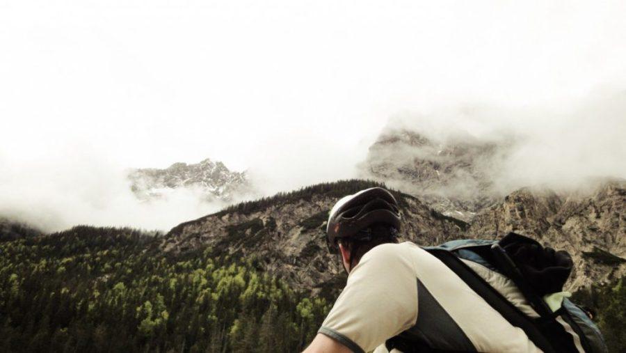 Steil, schroff, wolkenverhangen - Karwendelgipfel