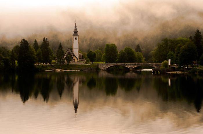 Великолепный вид. Озеро Бохинь.