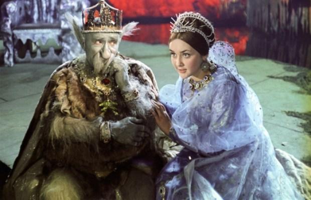 Подводный царь Чудо-Юдо. Кадр из фильма *Варвара краса, длинная коса*, 1969