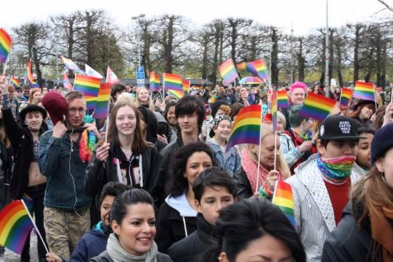 Prideflaggor.