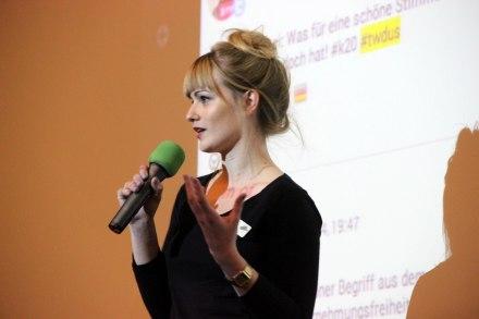 Arnika Fürgut beim Twittwoch im K20.  http://bit.ly/1qIEKj5 Foto: Arnika Fürgut