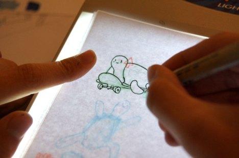 Illustrieren mit dem Leuchttisch