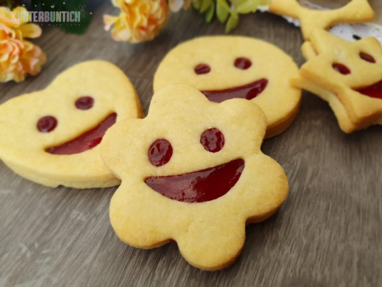 Smiley Kekse Mürbteig Füllung Marmelade
