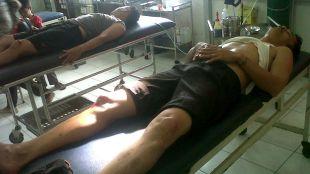 Dua polisi korban kecelakaan lalu lintas di ruang perawatan RSUD Dr. Achmad Diponegoro (dok. KM)