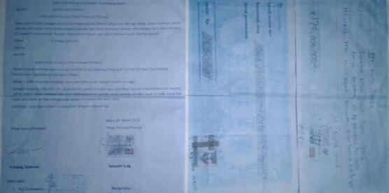 Surat keterangan dan kwitansi jual beli tanah di Desa Tajurhalang yang berbuntut sengketa (dok. KM)