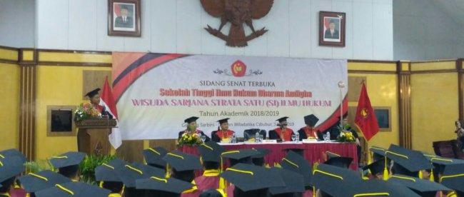 Wisuda Program Sarjana Angkatan Ke VII STIH Dharma Andhiga Bogor (dok. KM)