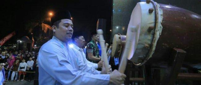 Walikota Tangerang Arief R. Wismansyah membuka Festival Bedug di Masjid Al Azhom Tangerang, Selasa 4/6/2019.