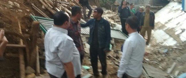 Pimpinan DPRD Kota Bogor saat sidak dampak robohnya pembangunan Mall Boxies Tajur (dok. lensaonline)