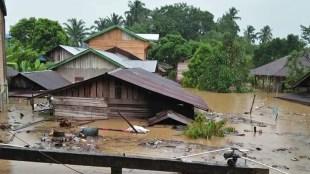 Kondisi Nagari Ujung Gading, Kecamatan Lembah Melintang, Pasaman Barat, yang terendam luapan Sungai Batang Bayang, Jumat sore 4/9/2020 (dok. KM)